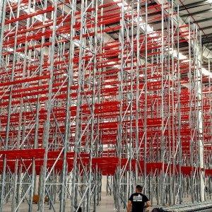 Montadores de estanterias industriales